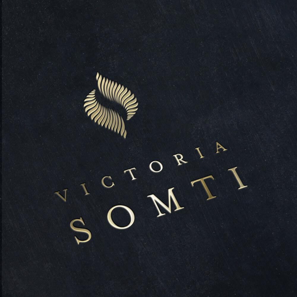 victoria_somti_b01
